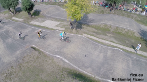 vlcsnap-2014-09-07-15h34m45s229
